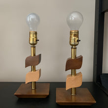Load image into Gallery viewer, Mid Century Modern Table Lamps