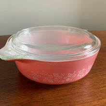 Load image into Gallery viewer, Pink Pyrex Gooseberry Casserole Dish with Lid #471