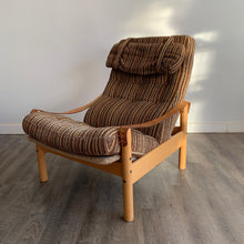 Load image into Gallery viewer, Vintage Danish Beech Armchair