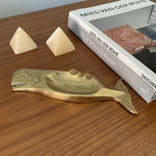 Load image into Gallery viewer, Vintage Brass Whale Ashtray
