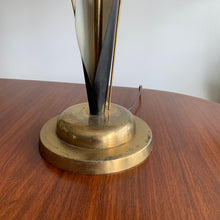 Load image into Gallery viewer, Vintage Midcentury Modern Table Lamp