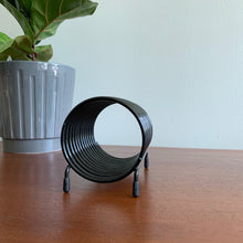 Load image into Gallery viewer, Vintage Black Metal Spiral Desk Organizer