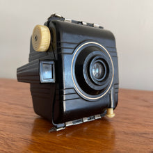 Load image into Gallery viewer, Vintage Baby Brownie Special Camera