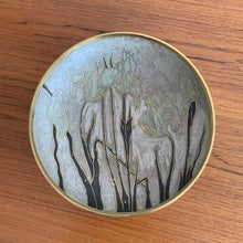 Load image into Gallery viewer, Vintage Brass Bowl