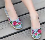 Women Breathable Casual Flats Slip On Shoes