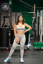 Load image into Gallery viewer, Motus Seamless Y Sports Bra - Khaki