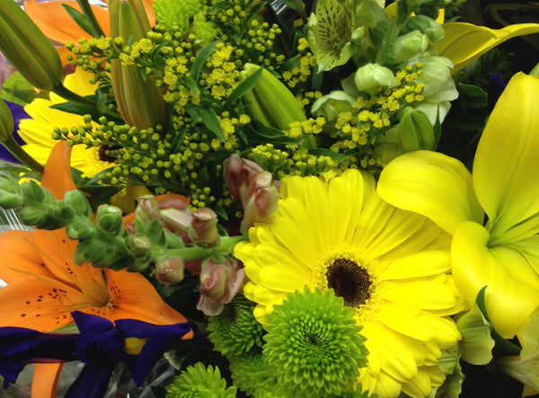 Summer Mix Bouquet - Winnipeg Flower Delivery by Broadway Florists