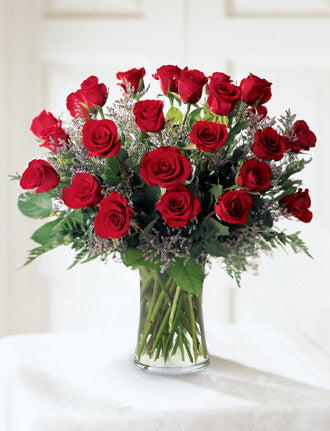 The FTD Abundant Rose Bouquet - Winnipeg Flower Delivery by Broadway Florists