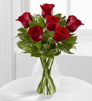 The FTD Simply Enchanting Rose Bouquet - Broadway Florists Winnipeg