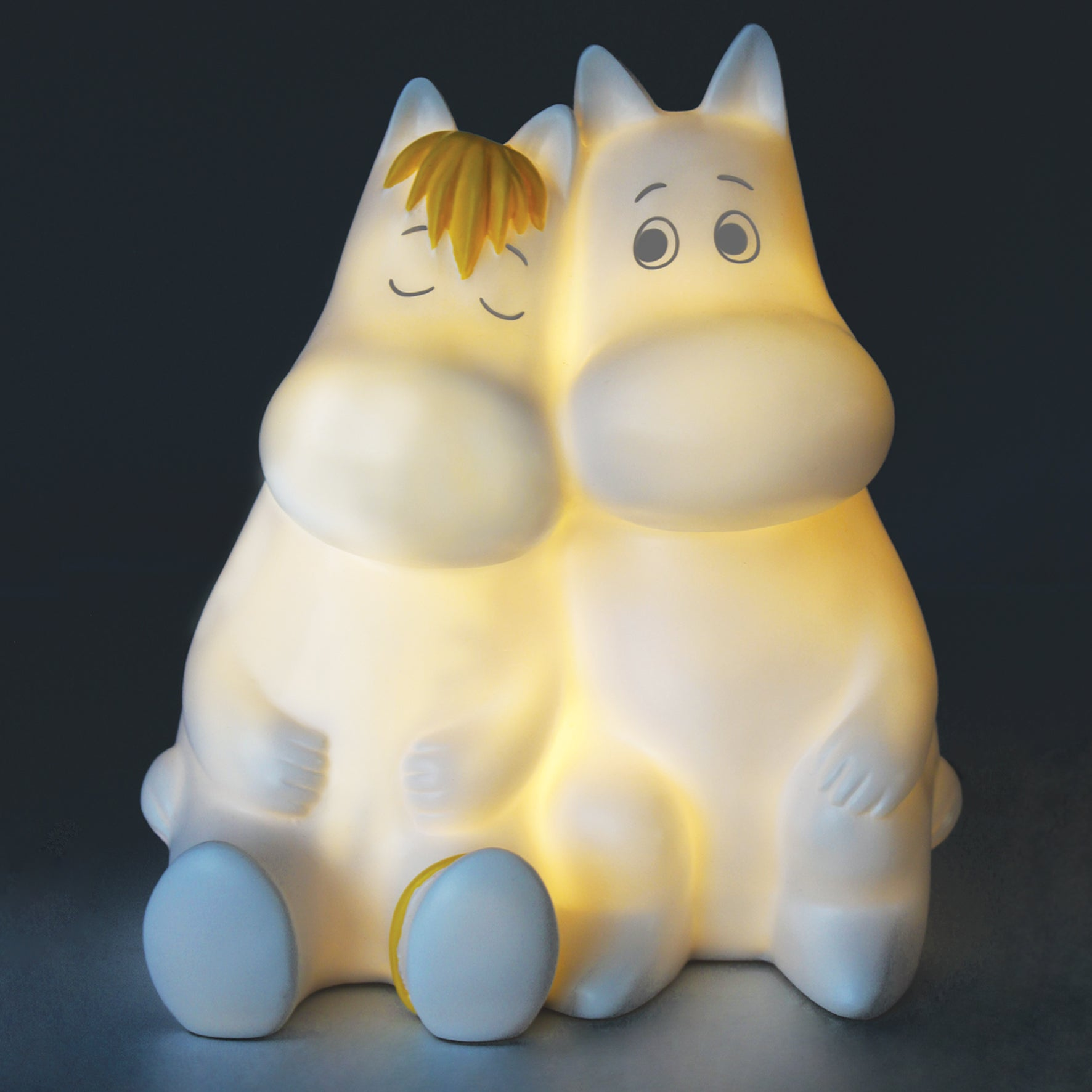 Moomin Love Light by House of Disaster, two adorable Moomins hugging each other