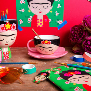 Frida Kahlo Cup and Flower Saucer Set - BouChic