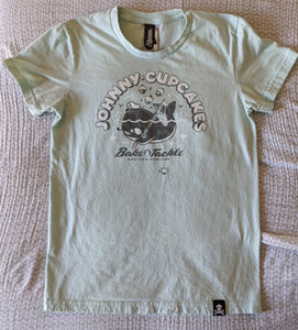 Women's Lg - Martha's Vineyard Exclusive Bake and Tackle Johnny Cupcakes