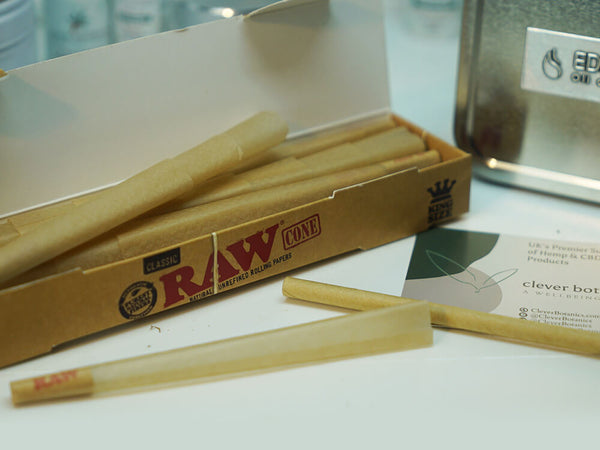 Raw Classic Rolled Ready to Fill Natural Rolling Tips