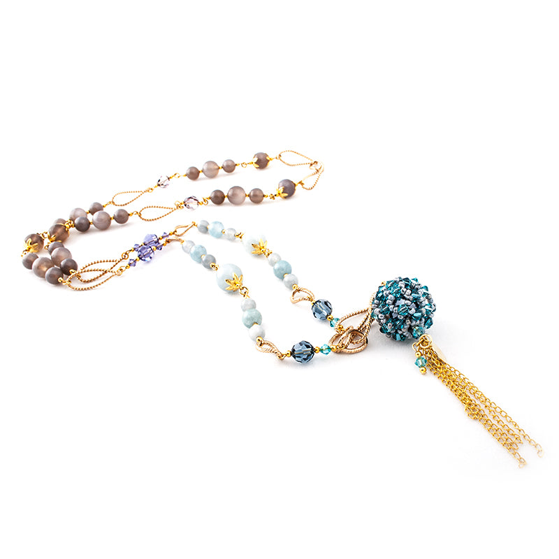 'Queen's Blue Desire' Necklace