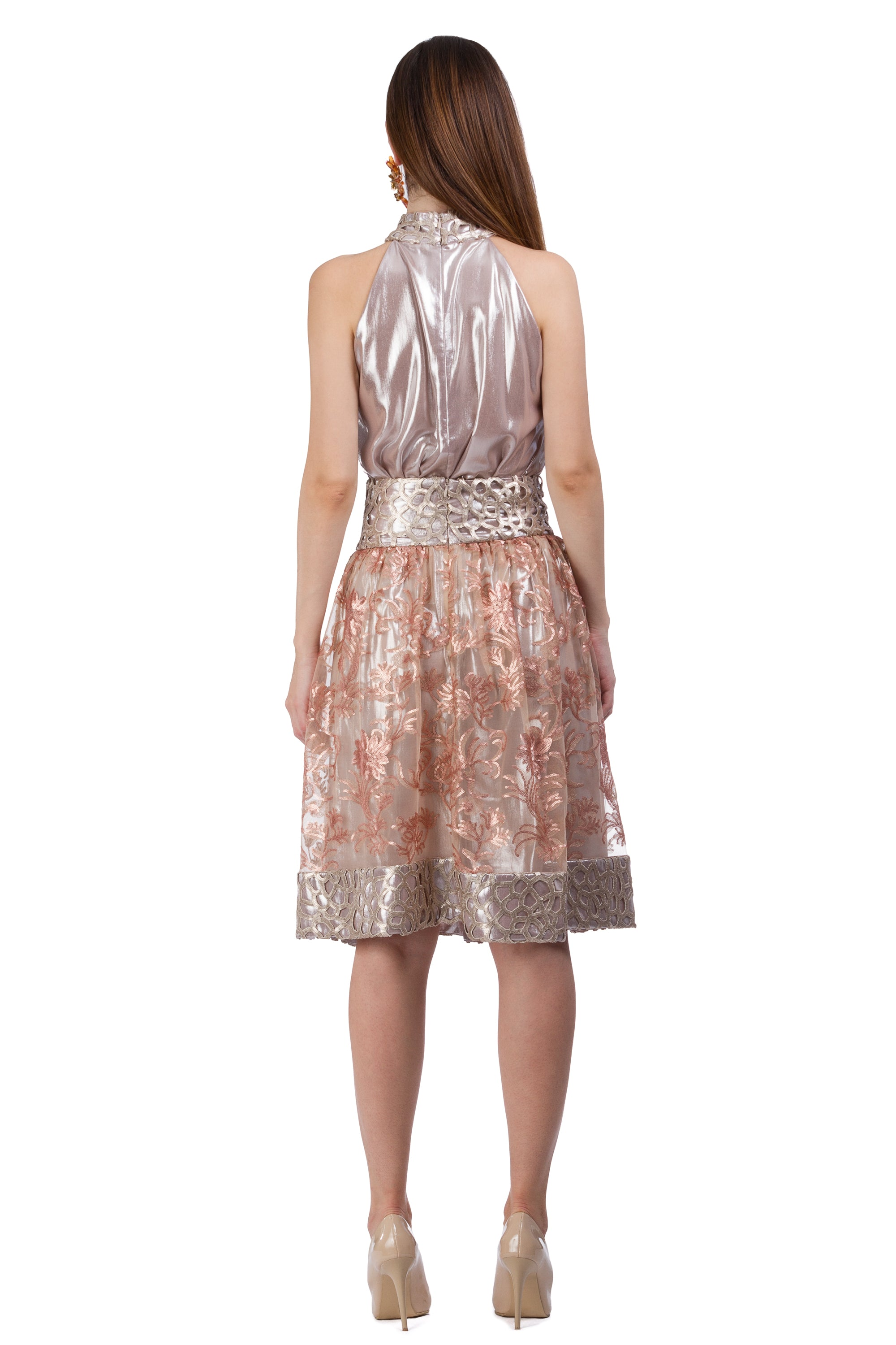 Lace skirt with fine gold and copper floral elements