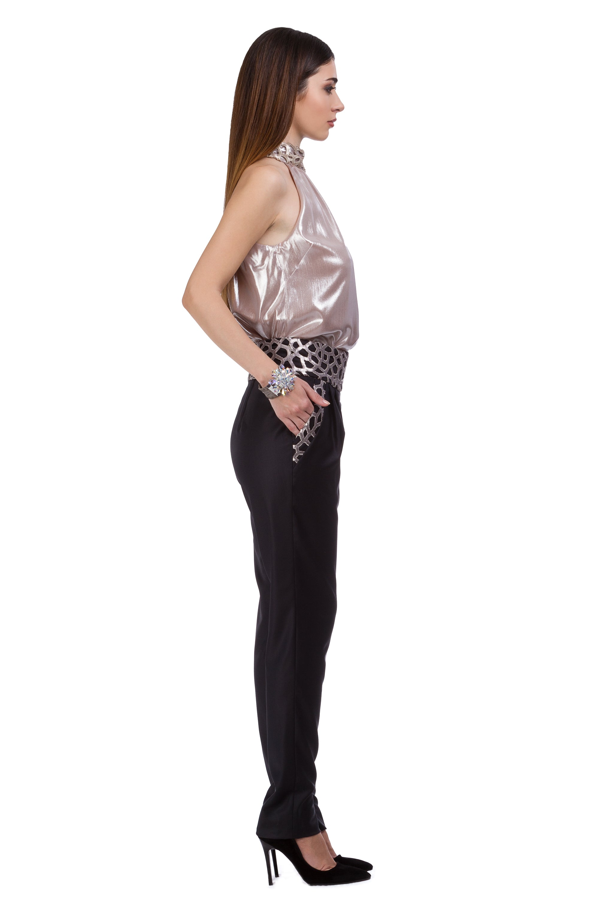 Cool wool trousers with knitted lace belt