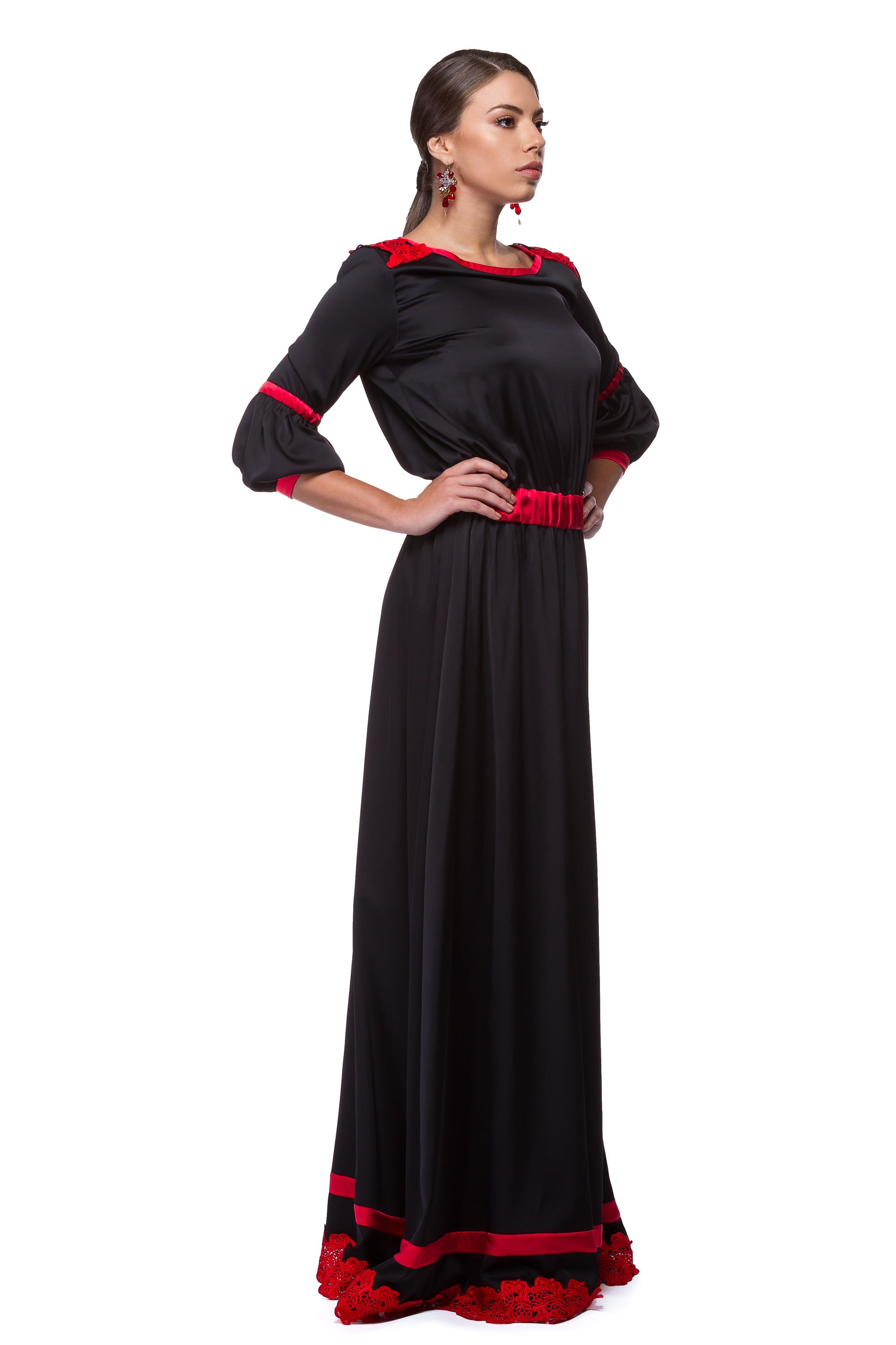 Long black dress with silk details and Brussels lace WDR-0002