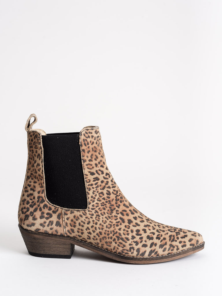 stella pointy ankle boot