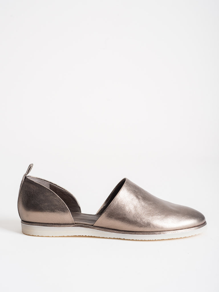 Coclico Hep Cat Flat in Metal