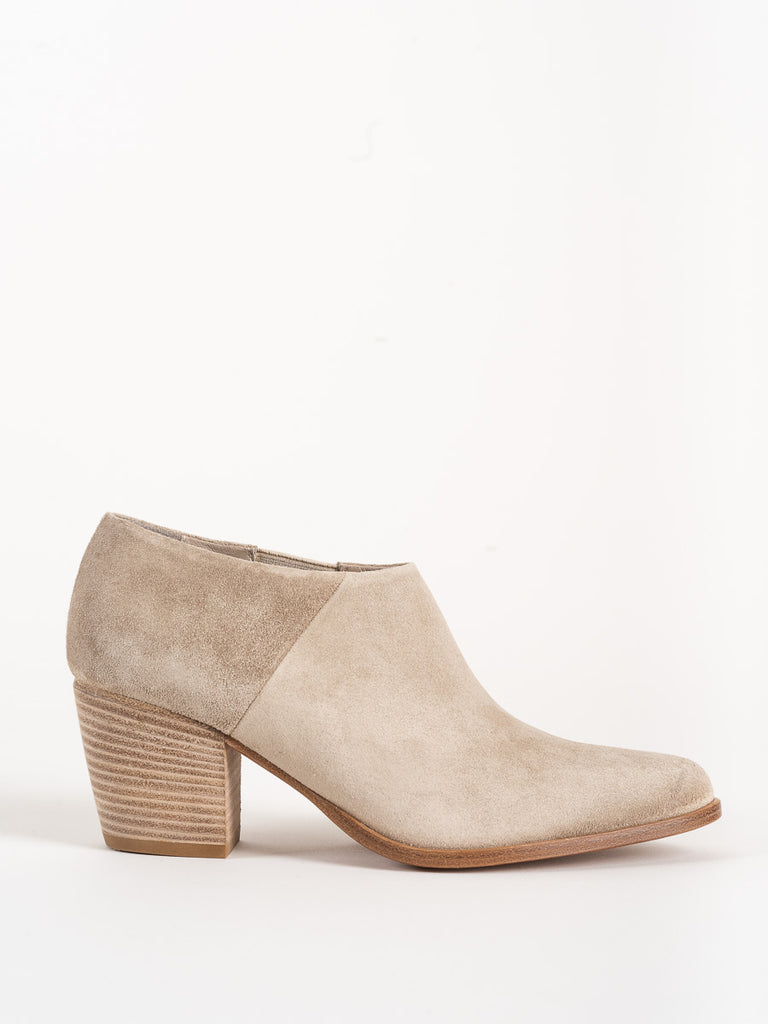 Vince Hamilton Boot River Clay Suede