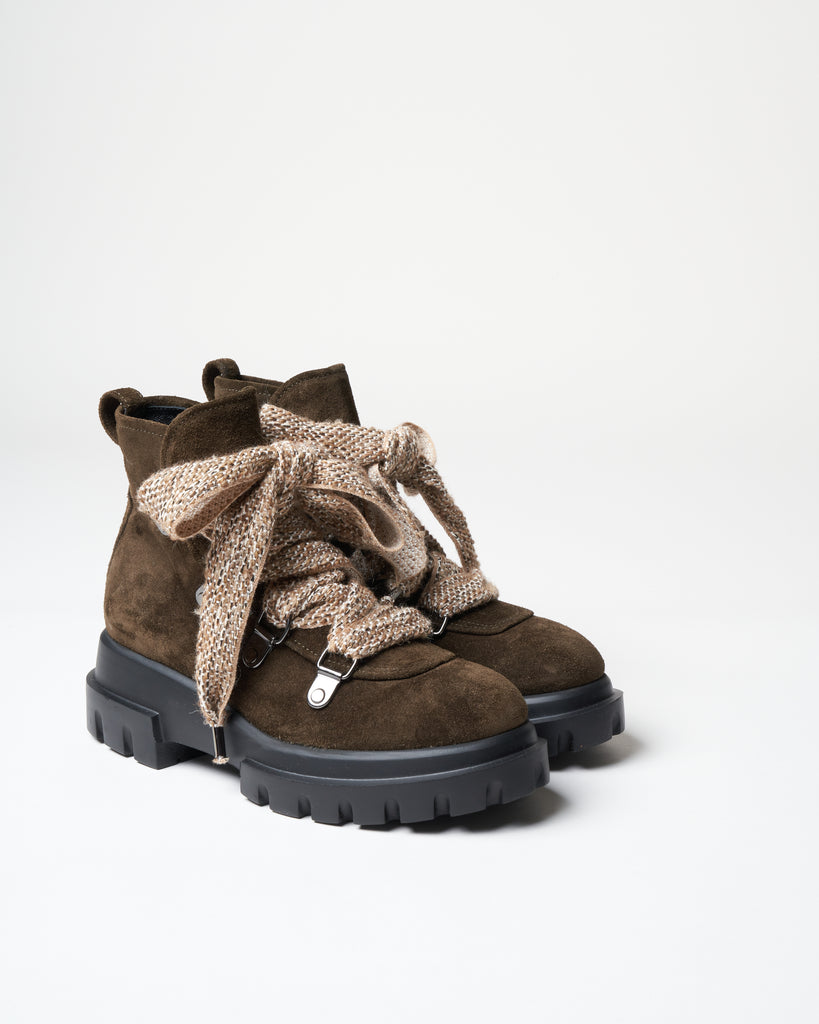 hiker boot - forest suede