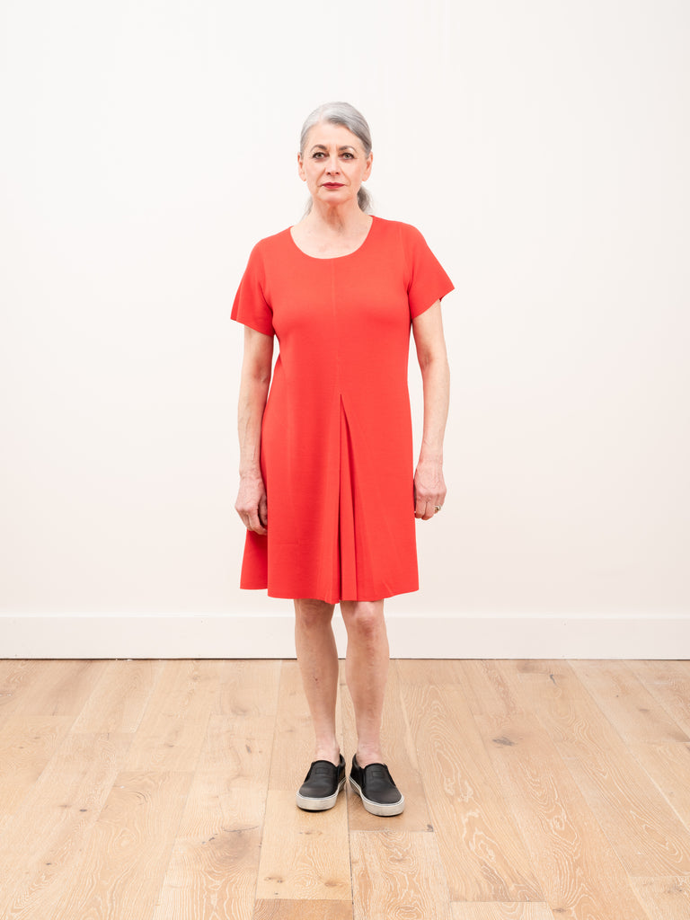 pleat dress - red