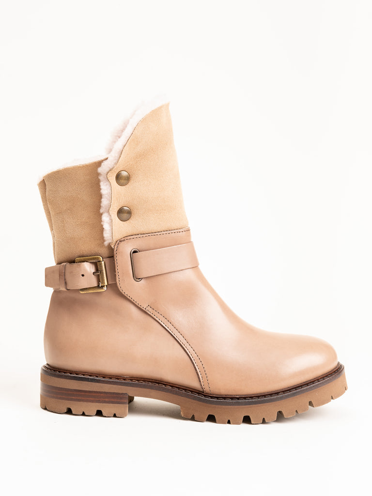 low shearling boot with buckle