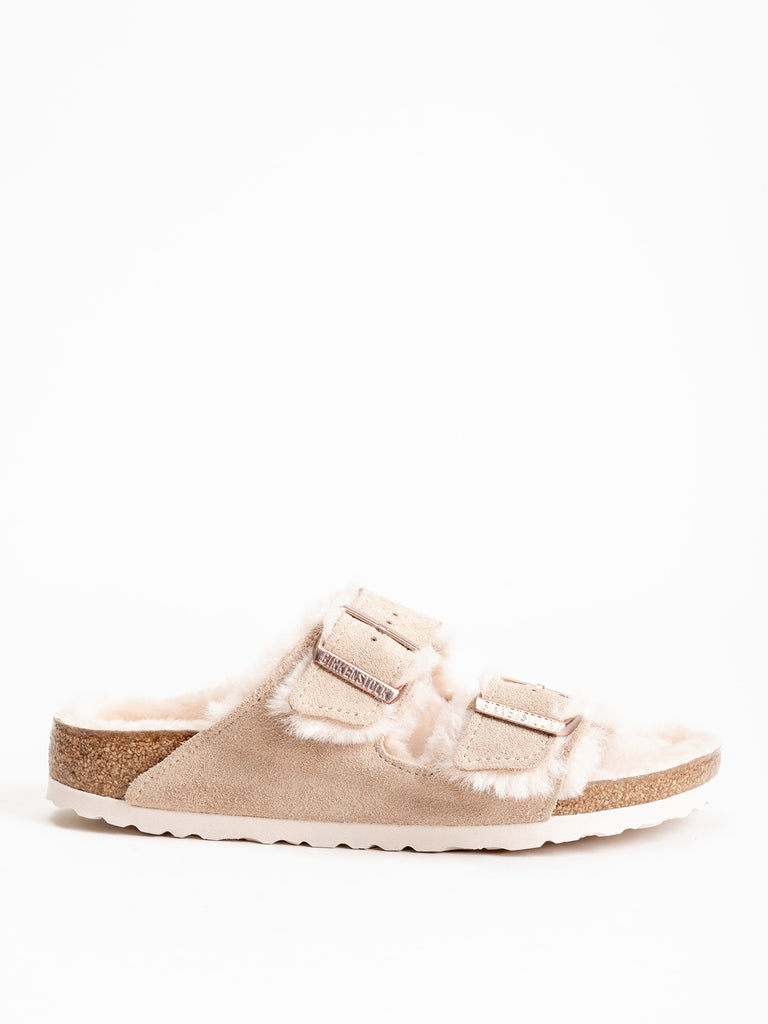arizona suede sandal w/ shearling