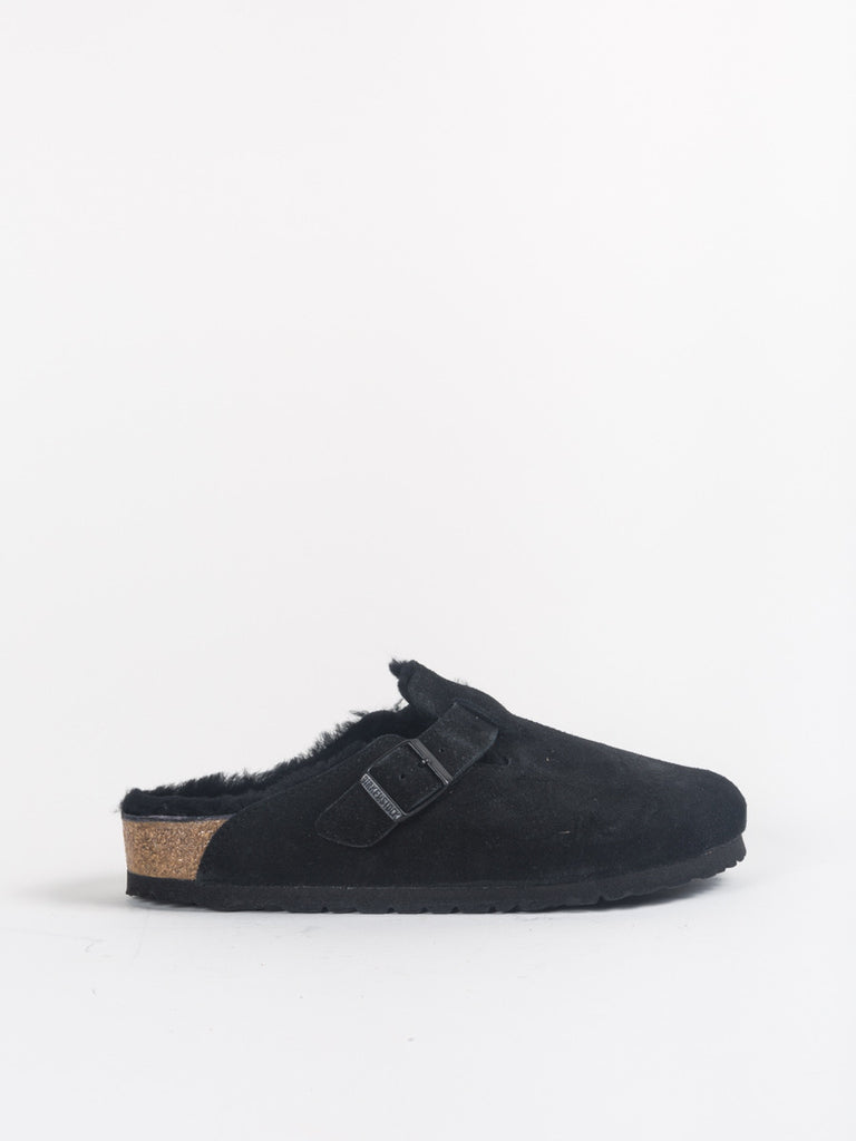 Birkenstock Boston Clog with Shearling in Black
