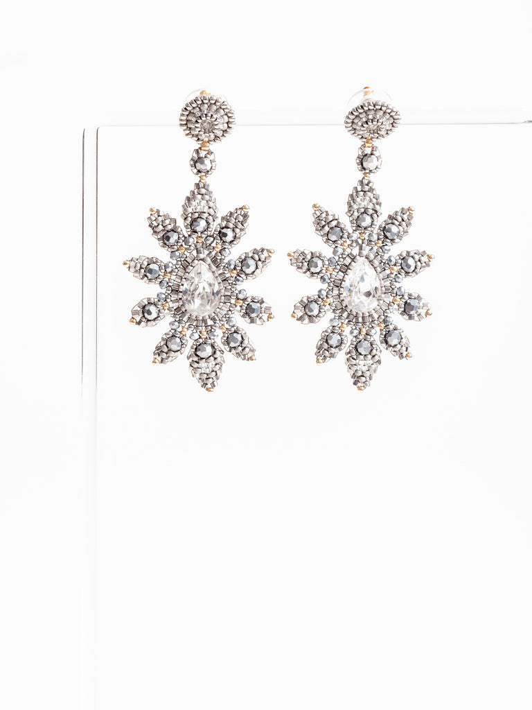 e78303 earrings