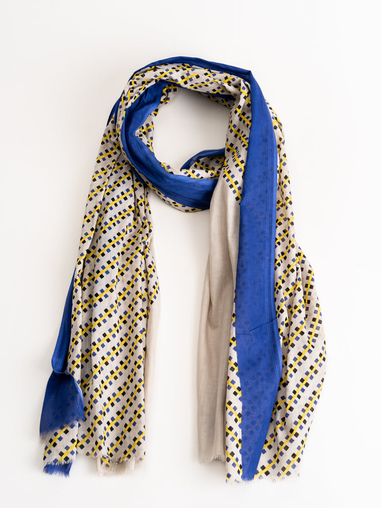 water 3 scarf