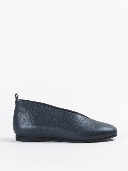 Henry Beguelin Elastic Flat in Navy