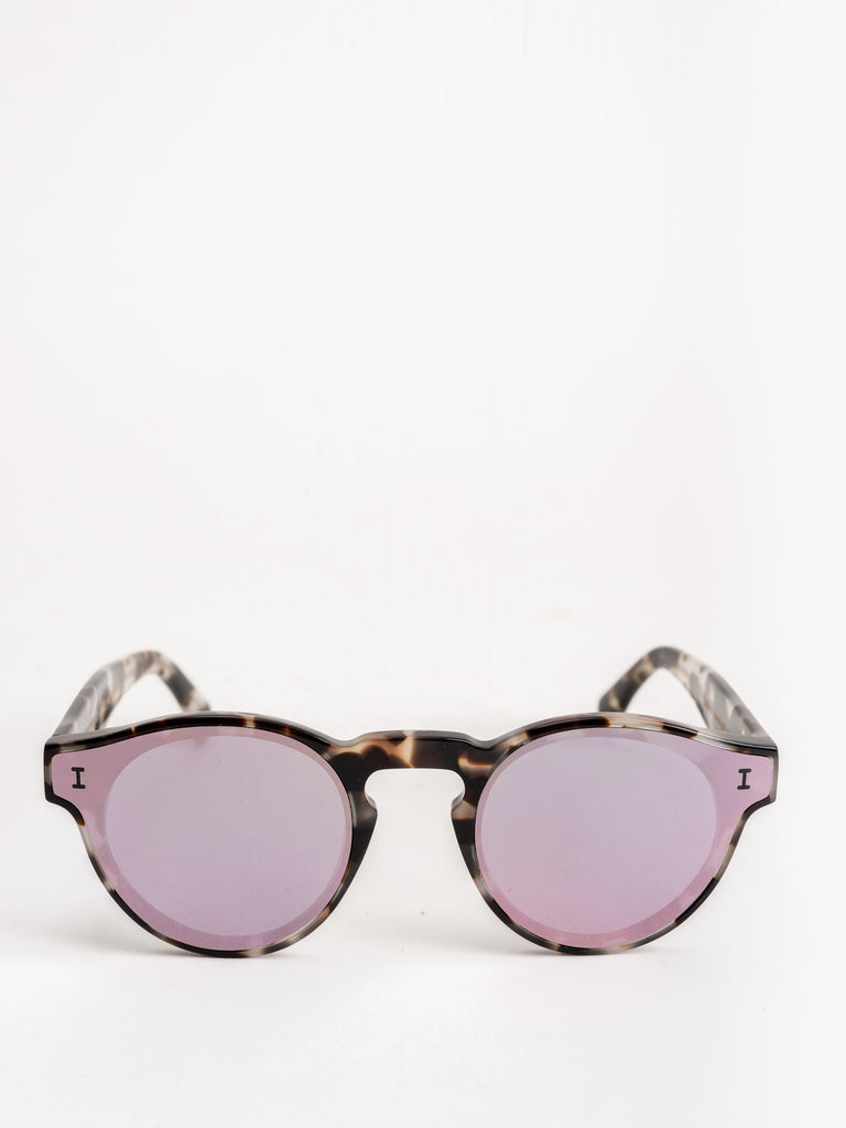 two point two sunglasses - white tortoise