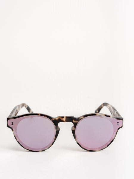 aa04a88b6b07 two point two sunglasses - white tortoise