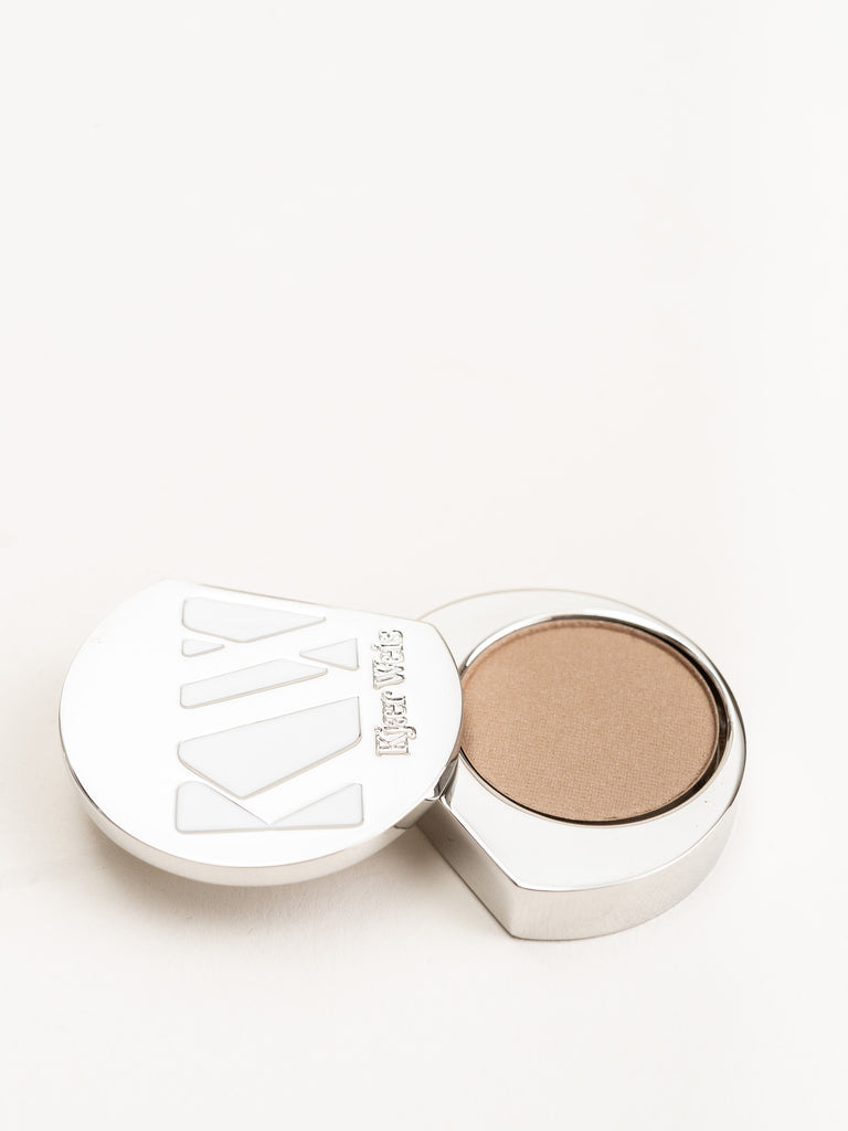 eye shadow - grace
