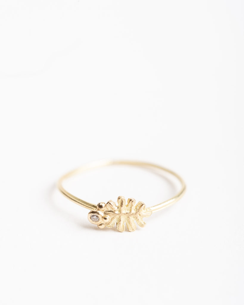 leaf ring with diamond