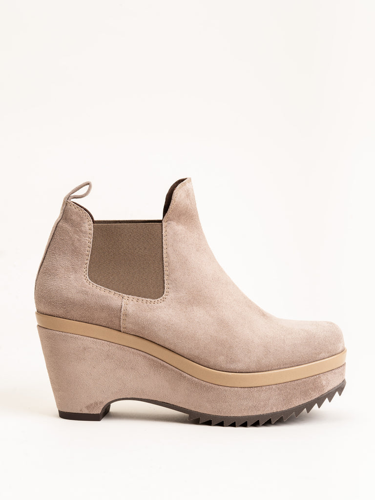 faustine wedge - taupe suede