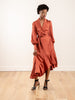 espionage silk wrap midi - rouge