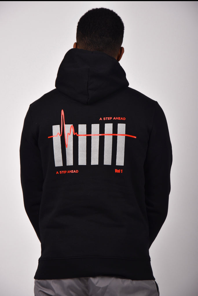 IM NOT A TRAPPER Hoodie - Black/Red