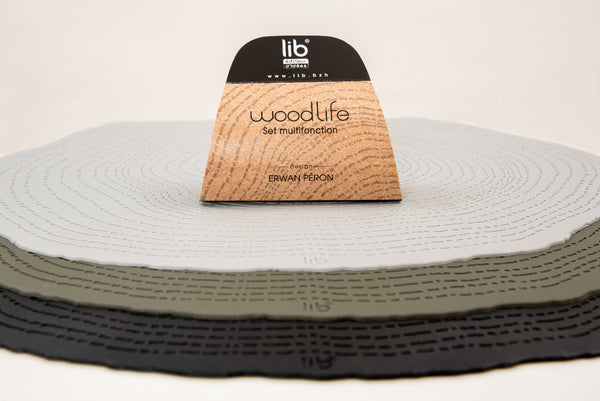 lib d'editeur d'idees WOODLIFE Placemat that doubles as a baking mat slicone with a wood grain pattern. Made in France