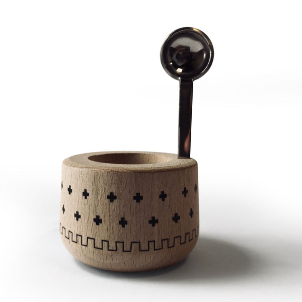 PIOU ash wood egg cup holders made in Jura France available in 5 colors. Image shows natural wood cup