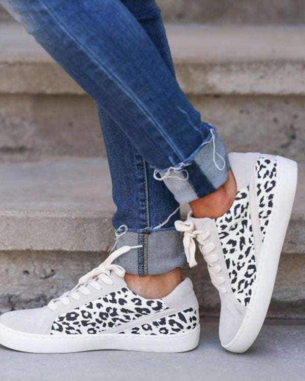 Round-toe Splicing Leopard Print Lace-up Suede Sneakers