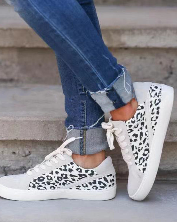 Leopard Lace-up Round-toe Casual Sneakers