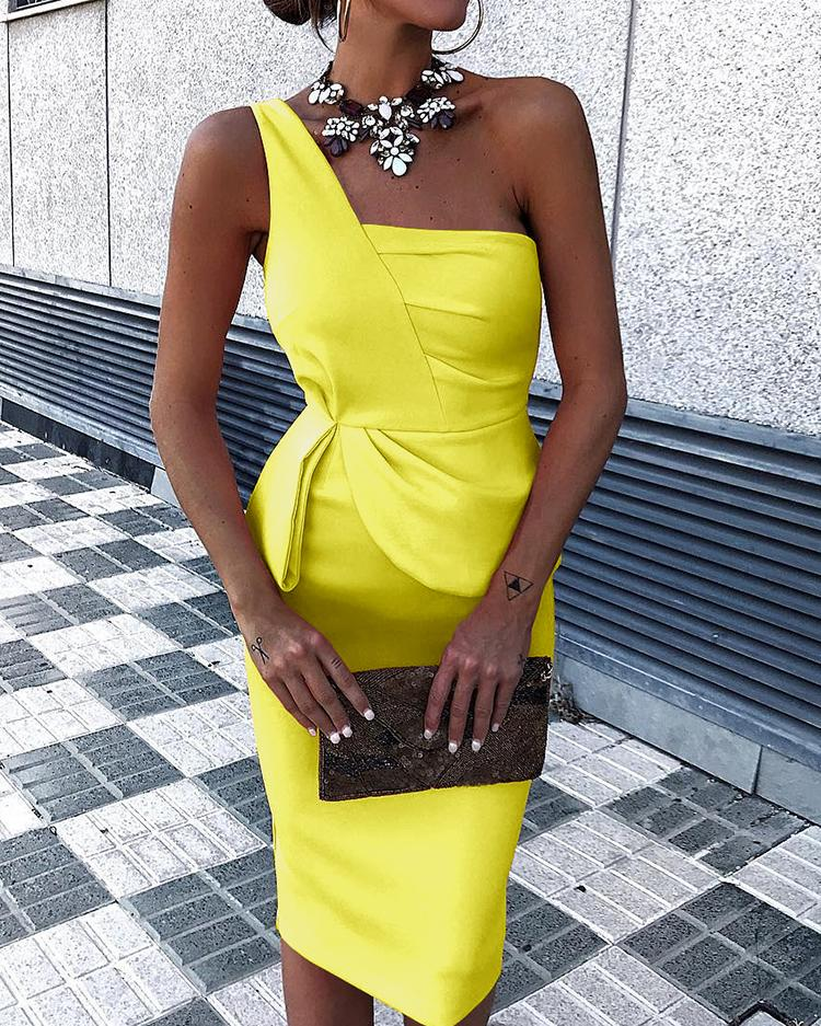 Solid Color One Shoulder Ruched Bodycon Dress
