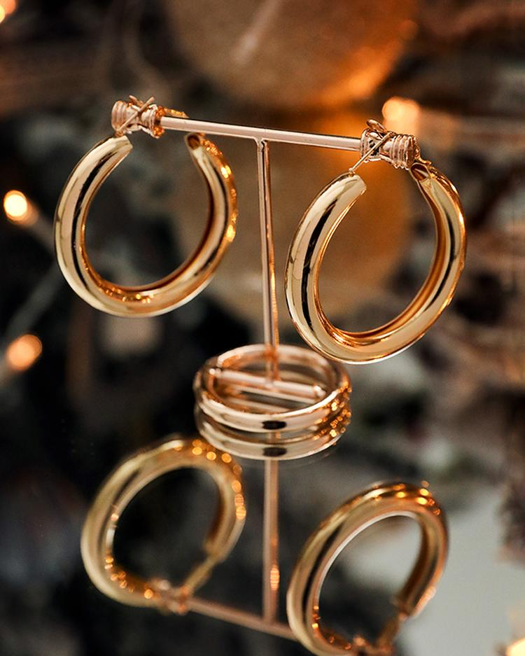 Hollow Out Geometric Hoop O-Ring Earrings