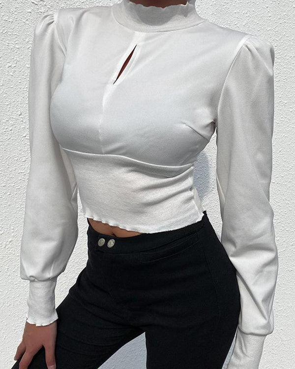 Keyhole Scalloped Trim Crop Top