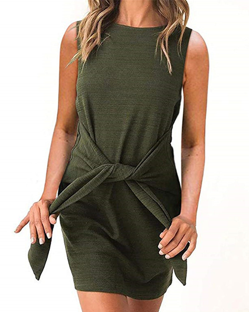 Sleeveless O-Neck Lace Up Dress