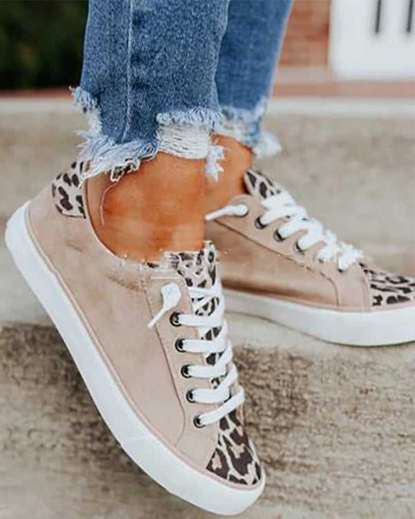 Round-toe Splicing Leopard Lace-up Suede Sneakers