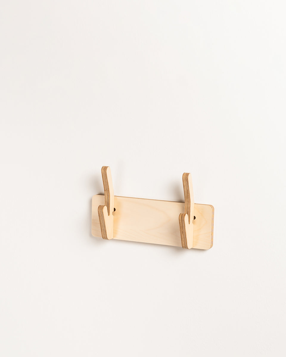 ON #7 | Simple clothes hanger