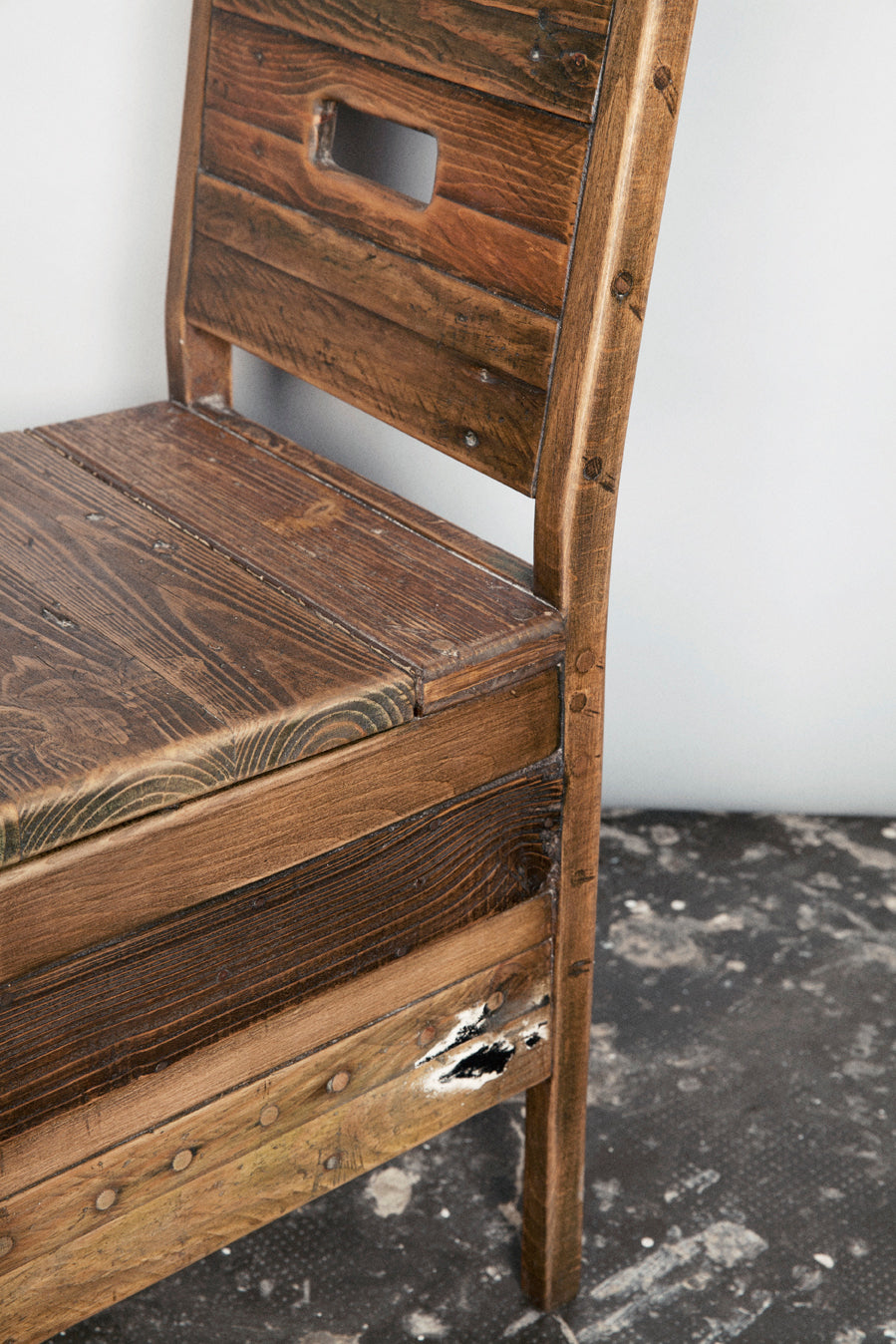 rE #3 | Chair with concealed storage